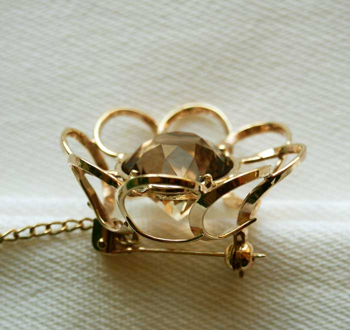 Smoking Topaz Gold Brooch